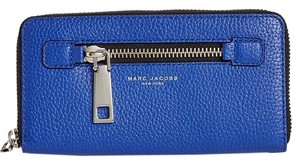 Marc Jacobs Gotham Coty Continental Wallet