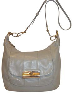 Coach Refurbished Leather Lined. Lined Cross Body Bag