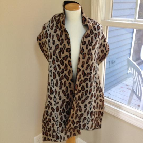 Worldly Things NYC Knit Leopard Wrap Image 8