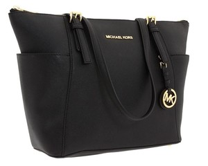Michael Kors 30f2gttt8l Jet Set Mk Tote in Black
