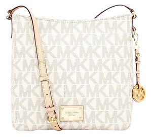 Michael Kors 30t2gtvm3b Mk Jet Set Logo Cross Body Bag