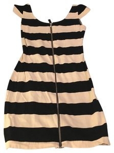 H&M Bodycon Zip-up Striped Dress