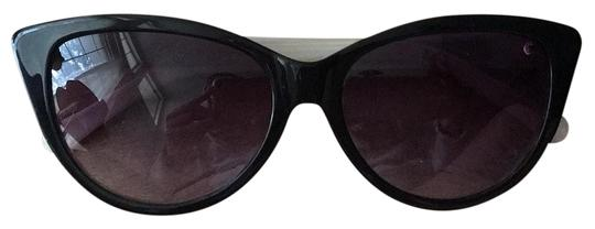 Preload https://img-static.tradesy.com/item/19851504/bettie-page-black-and-cream-sunglasses-0-1-540-540.jpg
