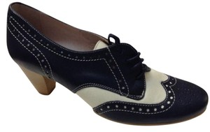 Gianni Zenna Oxford Leather Navy Blue/ Ivory Pumps