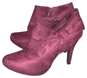 New York & Company Wine Boots
