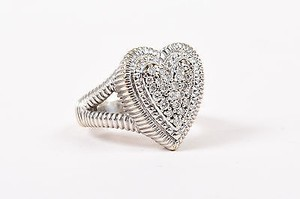 Judith Ripka Judith Ripka 18k White Gold Pave Round Diamond Embellished Heart Ring