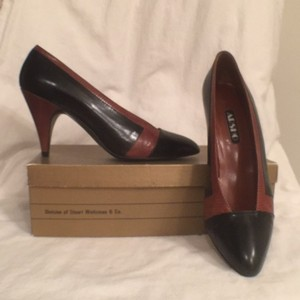Stuart Weitzman Leather Vintage Black brown Pumps