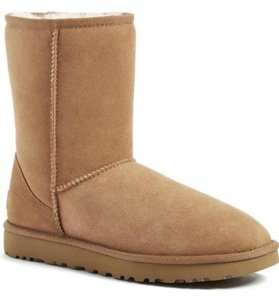 UGG Australia Short Brown Boots
