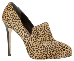 Ann Taylor Animal Platforms