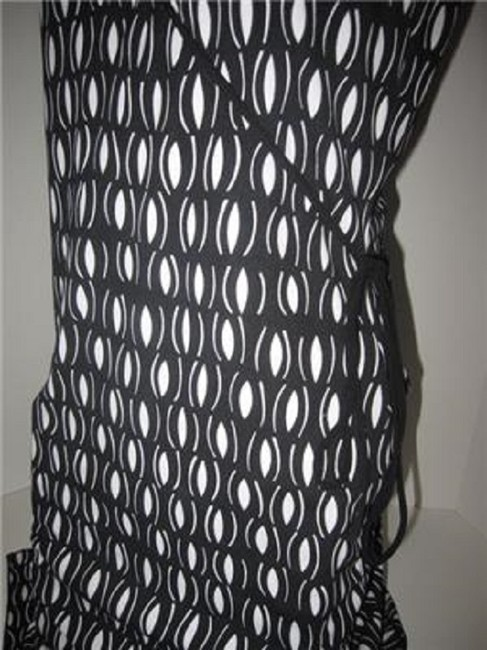 Laundry by Shelli Segal short dress black and white mod diamond print Day To Night Style New/Unused With Tags B/W Wrap Look W Belt Or on Tradesy Image 3