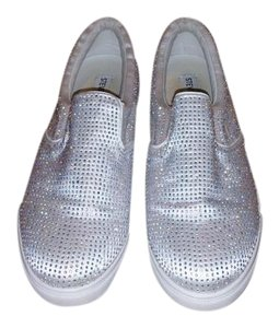 Steve Madden White satin ,swarovski crystals Athletic
