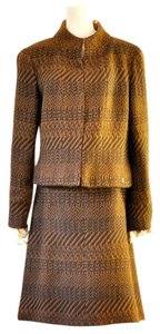 Chanel 00A Brown tweed skirt suit