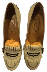 Tod's Beige with Lavender trim Pumps