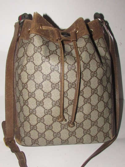 Gucci Drawstring Red/Green Excellent Vintage Bucket Satchel in brown in large G logo print coated canvas and brown leather with red and green accents Image 6
