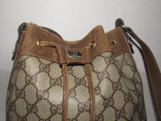 Gucci Drawstring Red/Green Excellent Vintage Bucket Satchel in brown in large G logo print coated canvas and brown leather with red and green accents Image 8