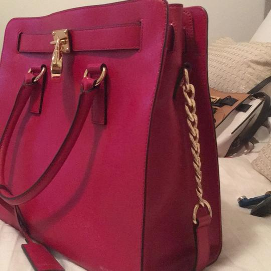 Michael Kors Purse Hamilton Tote in Red Image 1
