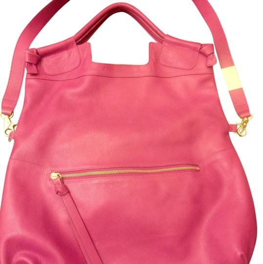 Preload https://img-static.tradesy.com/item/19855389/foley-corinna-large-mid-city-with-strap-cranberry-genuine-leather-cross-body-bag-0-1-540-540.jpg