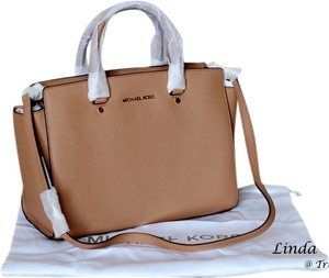 MICHAEL Michael Kors Leather Gold Hardware Removable Strap Versatile Structured Satchel in Suntan Brown
