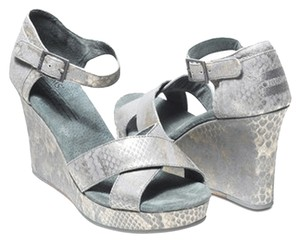 TOMS Wedge Silver Snake Wedges
