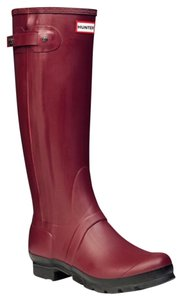 Hunter Red Black Combo Boots