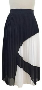 Bailey 44 Graphic Pleated Knee-length Skirt Black and white