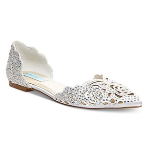 Betsey Johnson White Flats
