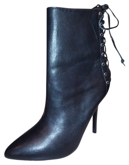 Preload https://item5.tradesy.com/images/steve-madden-balck-new-lace-up-leather-bootsbooties-size-us-7-1985714-0-0.jpg?width=440&height=440