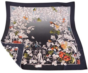 Gucci Gucci Women's 325039 Black Wonder Garden Silk Twill Square Neck Scarf
