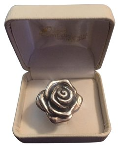 Island Companies LTD Sterling Silver Rose/Flower Ring 6.5