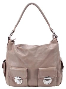 Marc Jacobs Leather Beige Hobo Bag