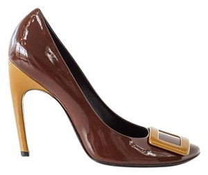 Roger Vivier Patent Leather Patent Leather Brown and Caramel Pumps