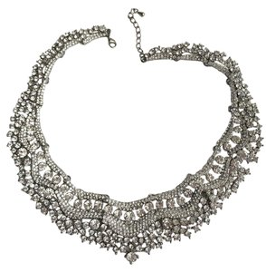 beautiful classy necklace