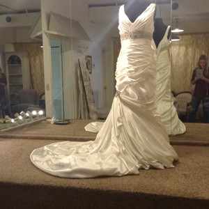 Maggie Sottero Ivory Satin Formal Wedding Dress Size 16 (XL, Plus 0x)