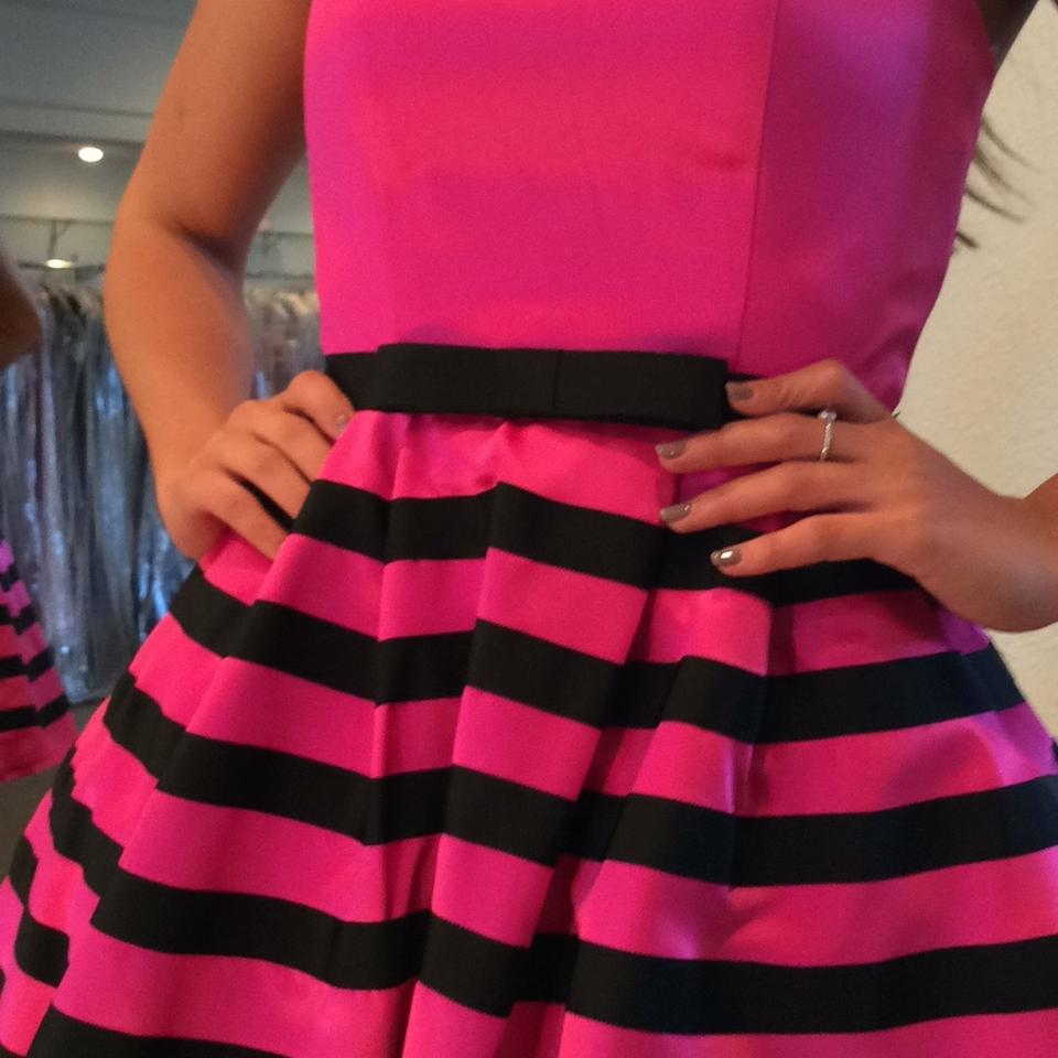 82c90eedc7 Sherri Hill Fuschia Black 32200 Above Knee Cocktail Dress Size 0 (XS) -  Tradesy