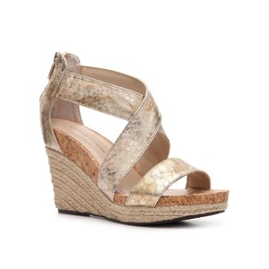 Adrienne Vittadini Gold Wedges