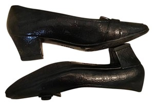George Black Pumps
