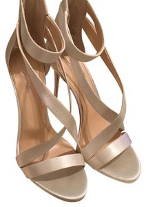 Imagine by Vince Camuto Silver Formal