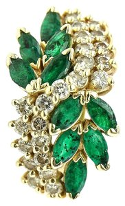 Emerald and Diamond Gold Ring * Emerald and Diamond Gold Ring
