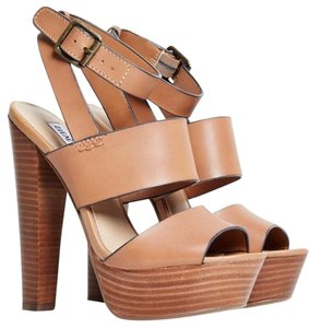 Steve Madden Wood Tan Sandals