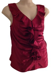 Monroe & Main Chic Sleeveless Date Night Party Office Top Berry