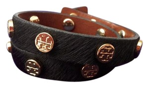 Tory Burch Tory Burch Ponyhair Wrap Bracelet Black