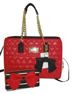 Betsey Johnson Gold Tone Hardware Red Tote in red/black