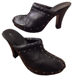 Preview International Edgy Metro Studded Leather Black Mules