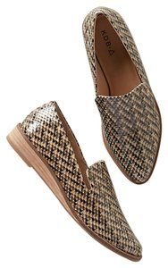 Kelsi Dagger Dapper Loafers Beige; Natural Pebbled Snake Flats