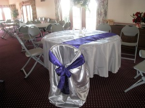 White Tablecloths For Wedding