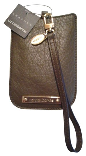 Preload https://item5.tradesy.com/images/liz-claiborne-cell-phone-carrier-brown-leather-wristlet-198649-0-0.jpg?width=440&height=440