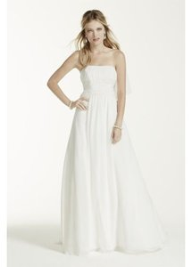David's Bridal V9743 Wedding Dress