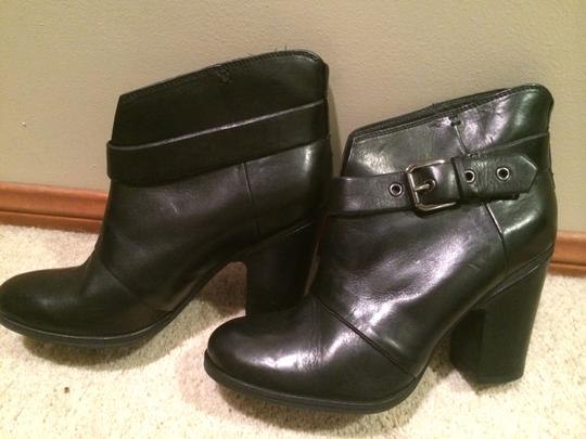 Belle by Sigerson Morrison Stylish Leather Black Boots