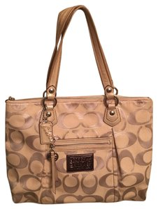 Coach Tote in Silver/light Khaki/gold