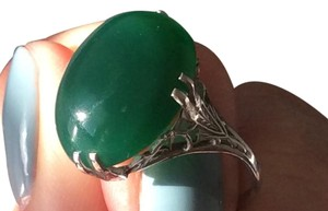 Other Ornate White Gold and Jade Cabachon Stone Ring